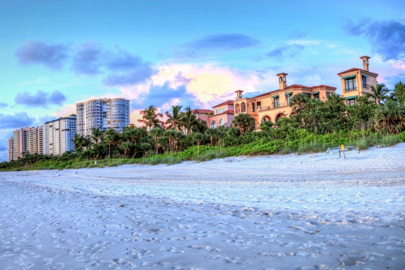 Vanderbilt Beach, FL
